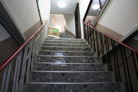 yuryo階段