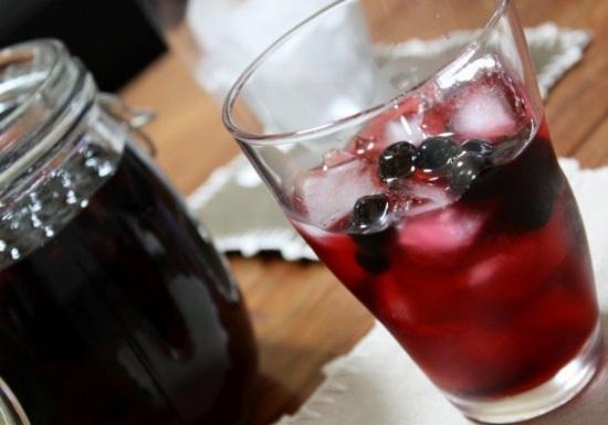 アロニエ酒