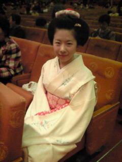 201003111413000日本髪