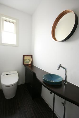 restroom m resid