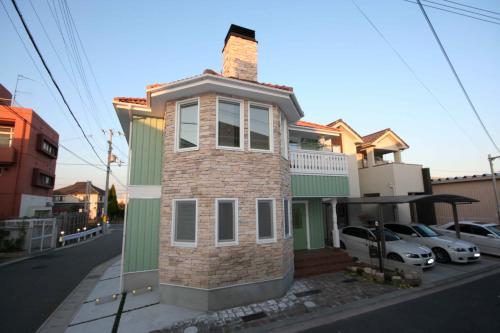 watiki house