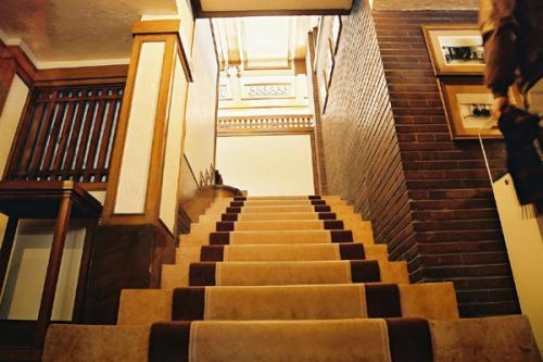 stairway robbie