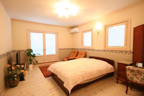 9 主寝室 (3)