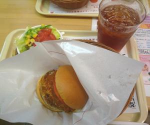 ハンバーガーをモス