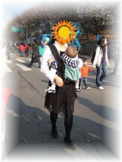 2010年4月ソウルの抱っこ紐②