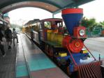 剣湖山世界の園内一周列車