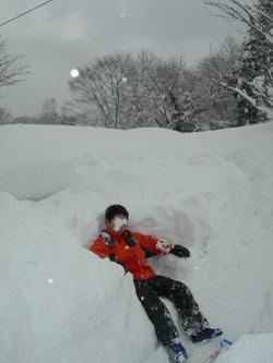 雪のベンチ