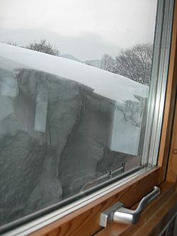 迫り来る雪2