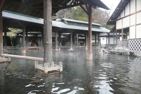 世界一の露天風呂、江戸情話「与市」