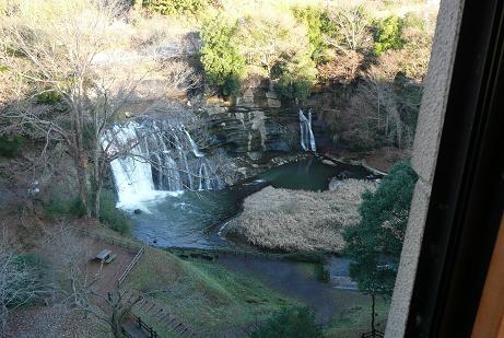 展望台からの滝全景