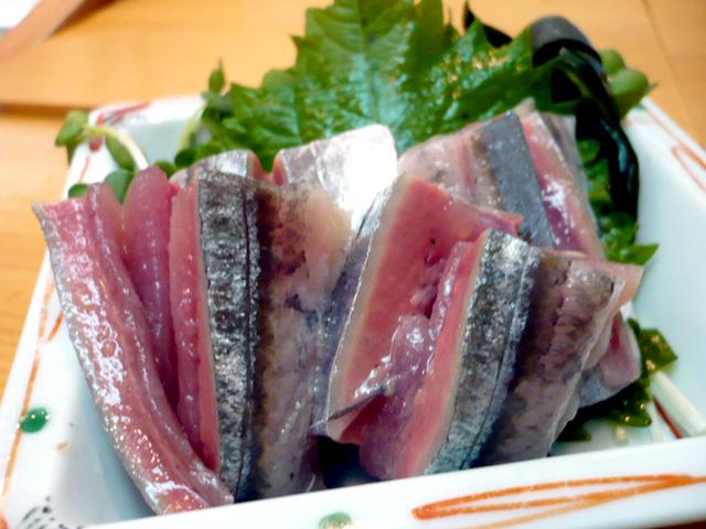 秋刀魚刺し身