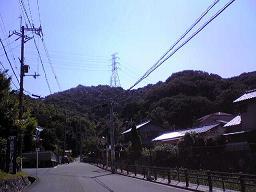 山のふもと