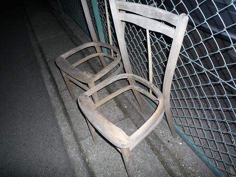 呪いのバス停留所