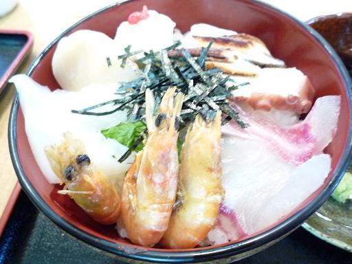 漁師の丼②
