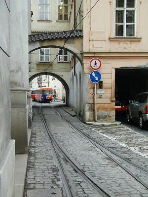 450px-Praha_ms_dual_gauge.jpg