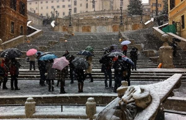 Roma_Snow1.jpg