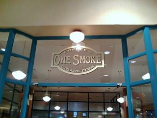 one smoke入り口