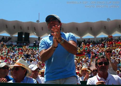 +Davis+Cup+Marbella+ESP-GER+2009+682+Antonio+Banderas+++Manolo+Santana_convert_20090729210125.jpg