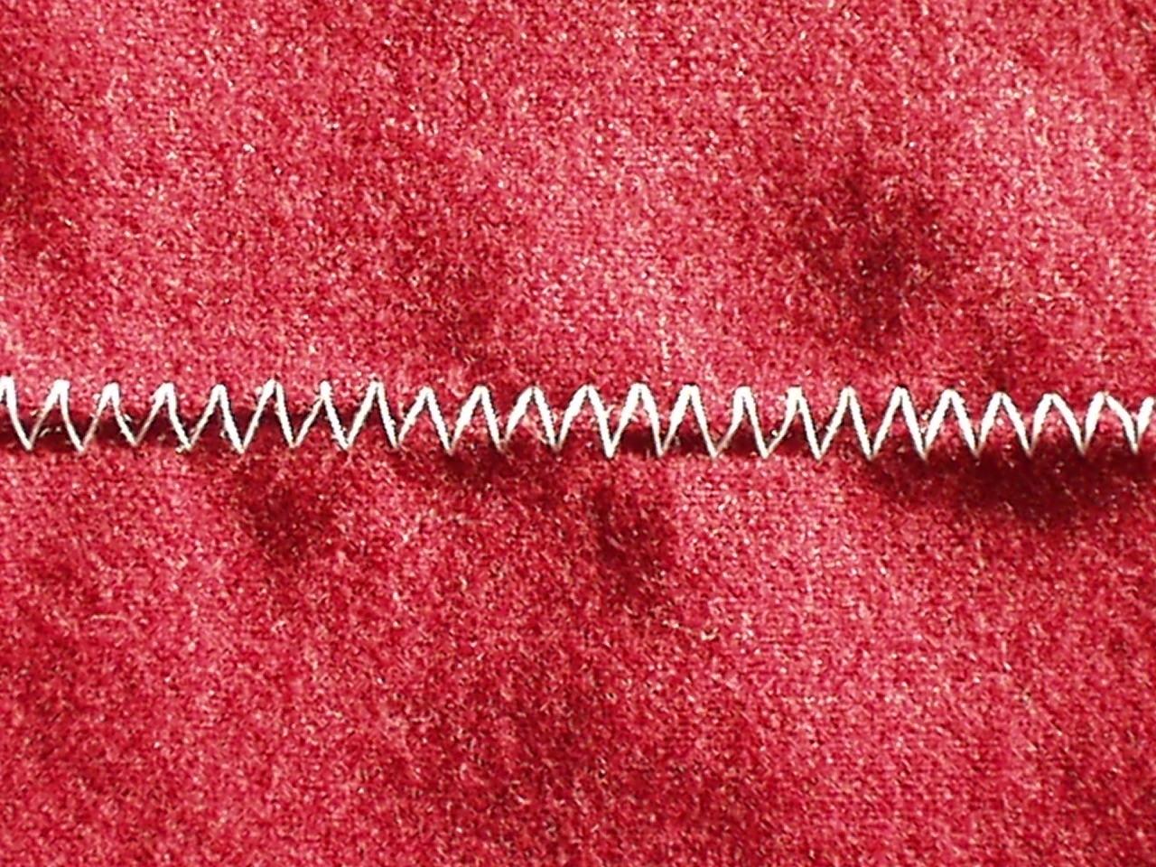 ジグザグ ミシン よ れる 初心者にありがち、裁ち目かがりを使わずジグザグ縫いで済ませている...