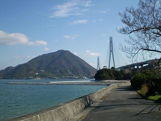 しまなみ街道 大三島から生口島を臨む