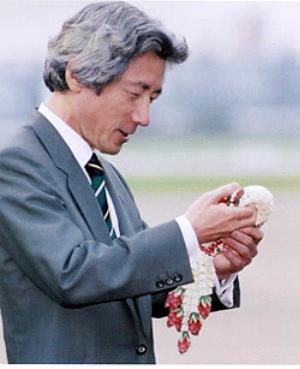 koizumi-inthai.jpg
