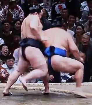 朝青龍VS玉春日戦画像