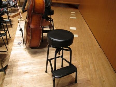 2010.8.1豊田のバス椅子