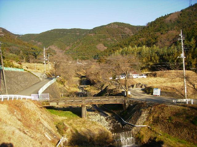 丹沢橋を望む231