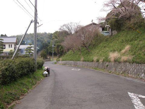 下稲吉の旧道