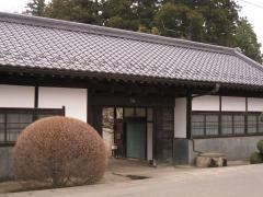 上土田の長屋門