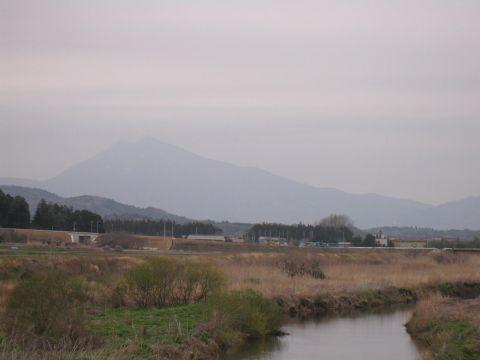 恋瀬川と筑波山02