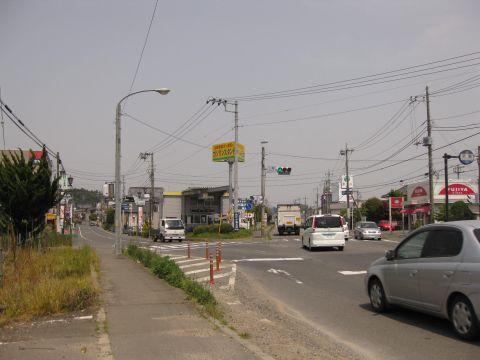 県道16号 小鶴交差点
