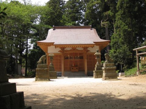 小鶴の諏訪神社