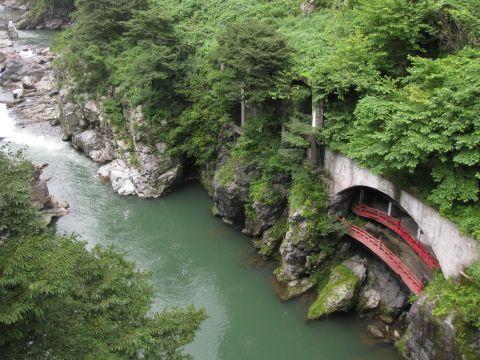 鬼怒川・黒鉄橋下