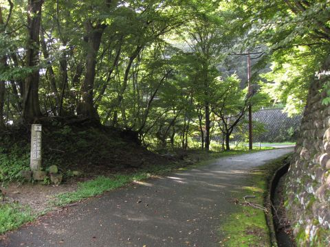 白岩半島の遊歩道02