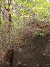 大石下りの供養塔