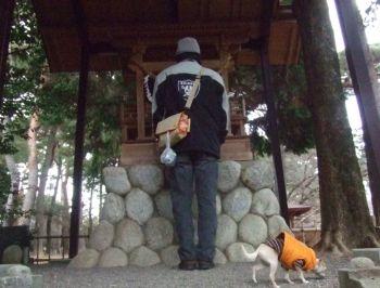 霊犬神社2
