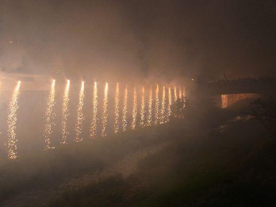 神道祭り花火ナイアガラ