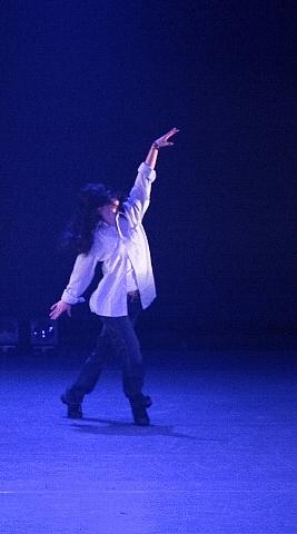 踊る・・・