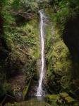 乙女滝。。清らかな細い流れ。。繊細な感じ