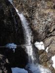 福寿の清水から売木村方面へ抜けて行く止中に滝が。。