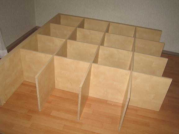 IKEAの家具、製作中~