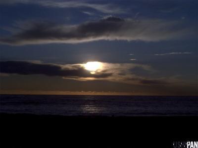 山と海と夕日2
