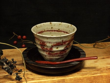 信楽焼赤フリーカップ1