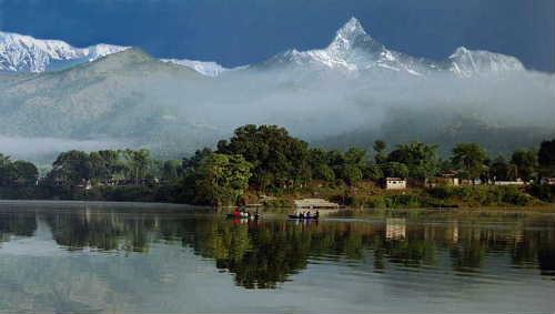 Kaski View2 lake