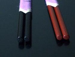 楕円のお箸は軽くて、持ちやすいすぐれ物