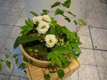 2009国境のない花達展 011s
