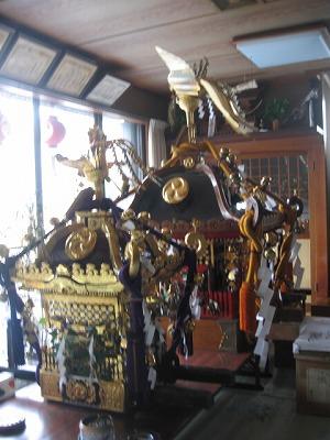 スタンバイの御神輿