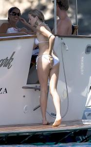 Sienna Miller - In a bikini while vacationing in Ibiza 081309 s03