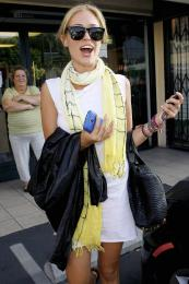 Kristin Cavallari @ Neil George Salon in Beverly Hills - Aug 18 a02